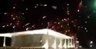 Manifestantes soltam fogos em direção ao STF e ameaçam ministros