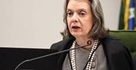 Cármen Lúcia julga constitucional multa do CPP a advogado que abandonar processo